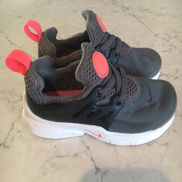 42a715ea0469 Toddler Nike Presto sneaker. Size 7. M 5c4cdb2caa87701927e255f9